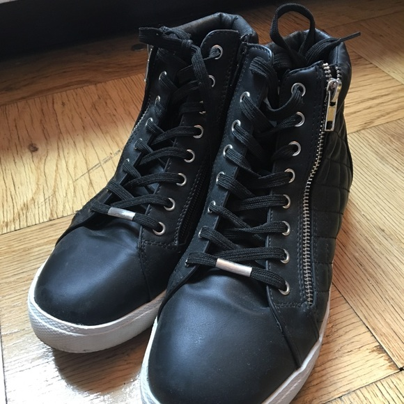 Steve Madden Leather Quilter High Tops